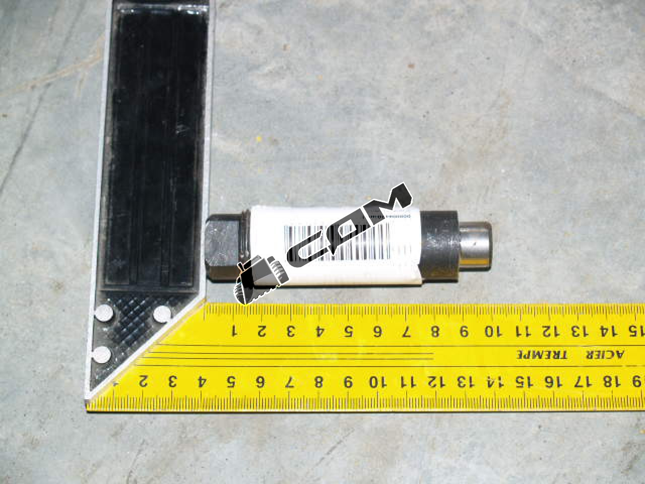 Болт стопорный редуктора моста CDM855 LG 50F.04329A